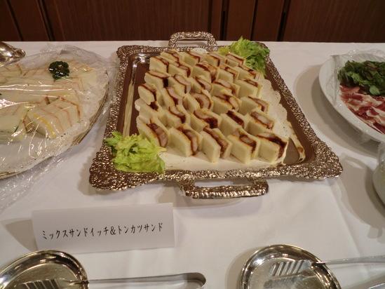 全日本司厨士協会、神奈川県本部総会で歌いました。_e0119092_101423.jpg