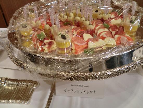 全日本司厨士協会、神奈川県本部総会で歌いました。_e0119092_121353.jpg