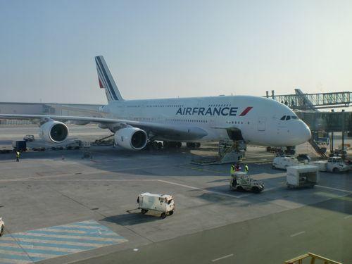 旅日記 モロッコ・パリ JAN2011 その18 AF276 東京行き A380_f0059796_0281337.jpg