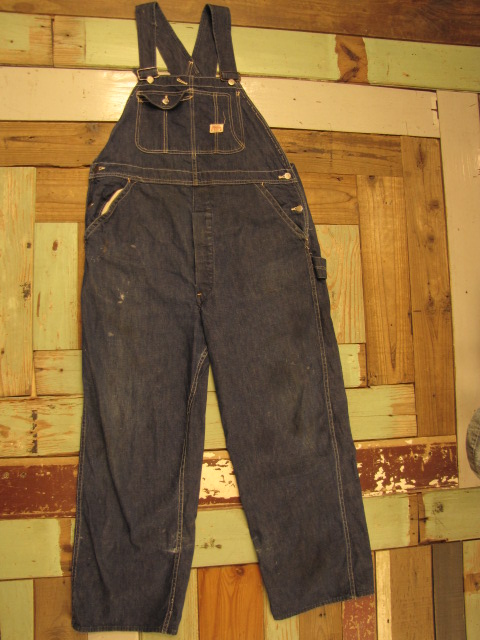 OLD DENIM OVERALLS & OLD BUTTON_f0233425_022538.jpg