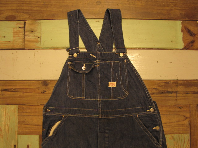 OLD DENIM OVERALLS & OLD BUTTON_f0233425_025367.jpg