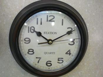 しぶかっこいい時計。_f0166439_1811515.jpg