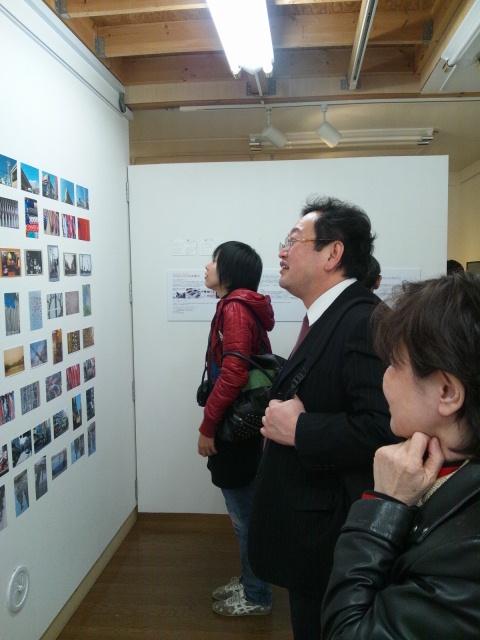 『Drifting Images 日韓交流写真展』はじまりました!_d0058440_9431464.jpg
