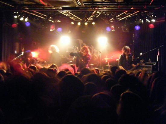 SCREW、全国ツアースタート!全13公演、ファイナルの赤坂BLITZまで全国を熱くする!!_e0197970_2385082.jpg