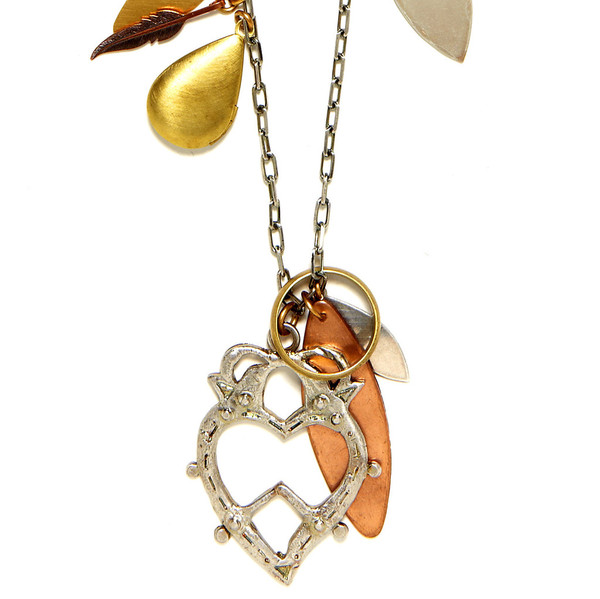 Bing Bang Jewelry Witches Heart Necklace_f0111683_18455433.jpg