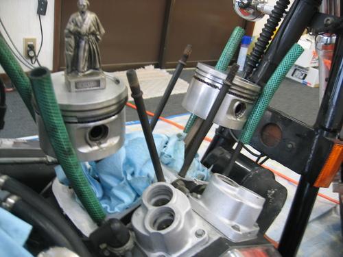 EVOエンジン組み付け _a0257316_1918173.jpg