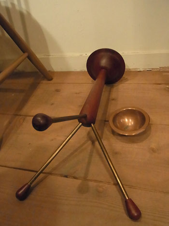 teak ashtray stand_c0139773_011968.jpg