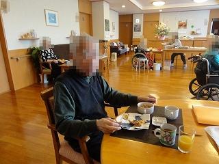 食事作り<アクティブライフ山芦屋・グループホーム>_c0107602_13152486.jpg