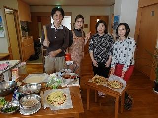 食事作り<アクティブライフ山芦屋・グループホーム>_c0107602_13154294.jpg