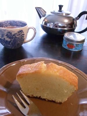 ++レモンケーキを焼いてひとりお茶会++_e0140921_13294486.jpg