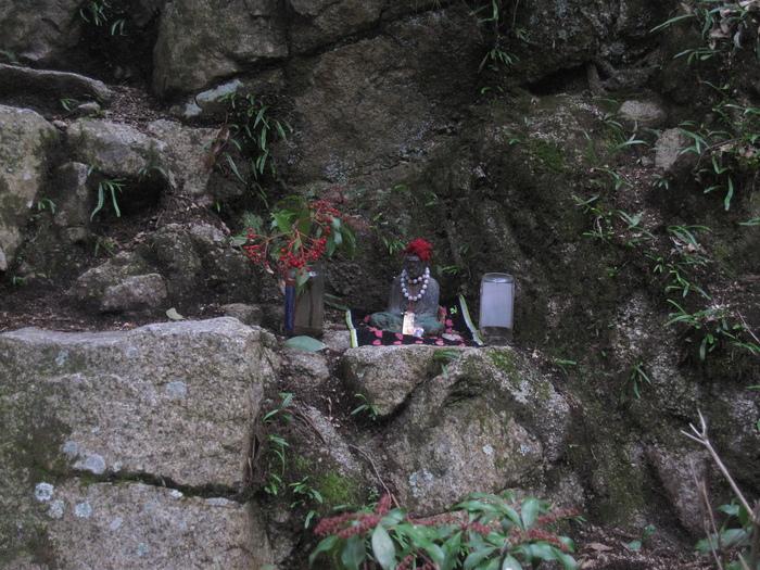 摩耶山へ_e0155231_10484052.jpg