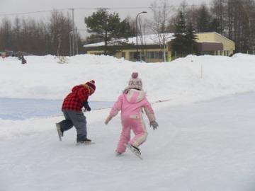 1・2年生のスケート記録会。_b0047734_22331914.jpg