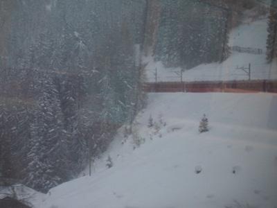 2月15日☆スイスの高級リゾートへ_e0182138_73665.jpg