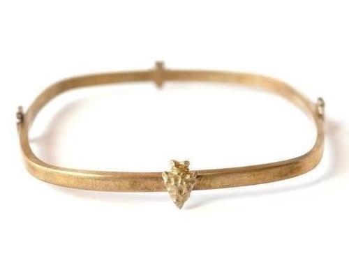 Bing Bnag Jewelry Brave Arrowhead Bangle Brass with an oxidized finish_f0111683_13485138.jpg