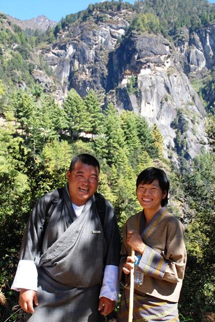 ブータン最大の聖地 タクツァン僧院へ_b0053082_23352942.jpg
