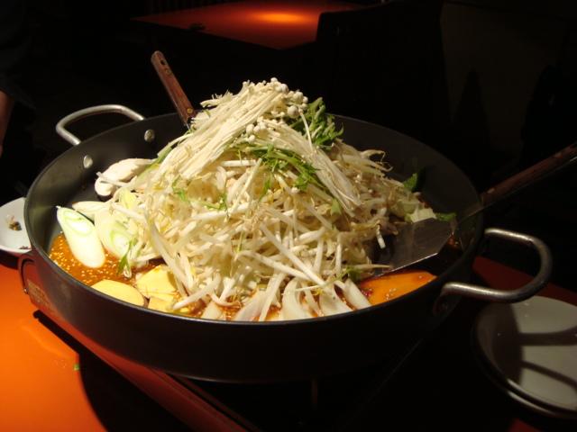 芝大門「韓国家庭料理 からくに家」へ行く。_f0232060_282975.jpg