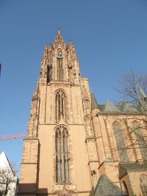 フランクフルト大聖堂というところ_f0189467_0243132.jpg