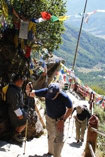 ブータン最大の聖地 タクツァン僧院へ_b0053082_019414.jpg