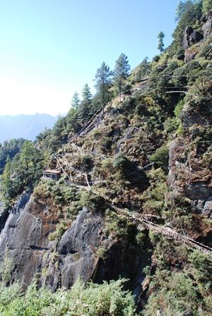 ブータン最大の聖地 タクツァン僧院へ_b0053082_03088.jpg