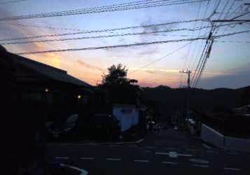 今日は飛行機雲。_e0188087_23113022.jpg