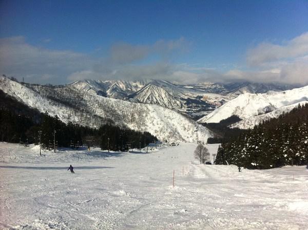 つまりは単純にスキーが好きなのさ_e0210422_041344.jpg