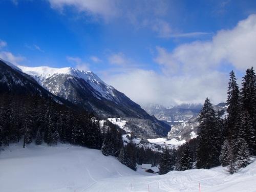 恐るべし雪遊び☆スイス_e0182138_334763.jpg