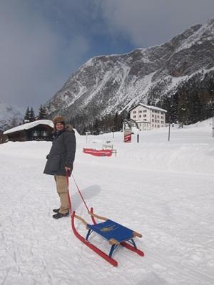恐るべし雪遊び☆スイス_e0182138_354780.jpg