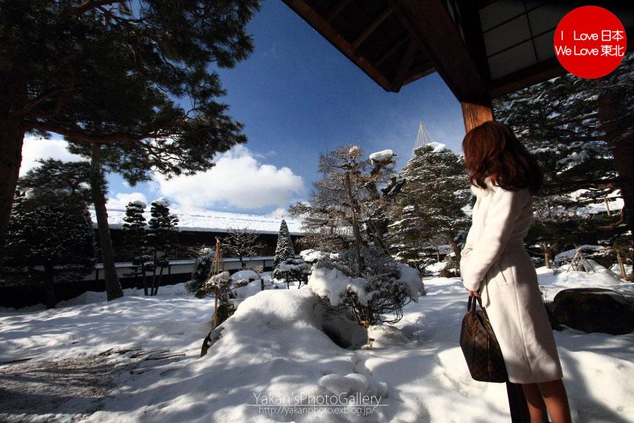 冬の高山、白川郷の合掌造り集落ライトアップ 02 高山陣屋 モデルさんデート風編_b0157849_1523140.jpg