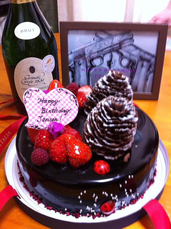 Happy Birthday, JENSEN!!_b0064176_1291478.jpg