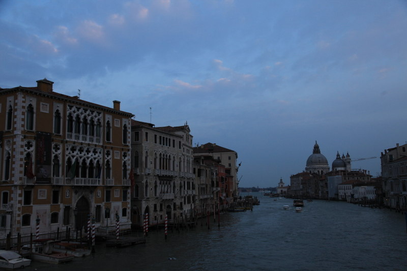 ヴェネチアな夜景_c0187779_6244431.jpg