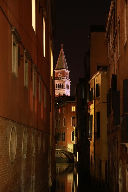 ヴェネチアな夜景_c0187779_7424090.jpg