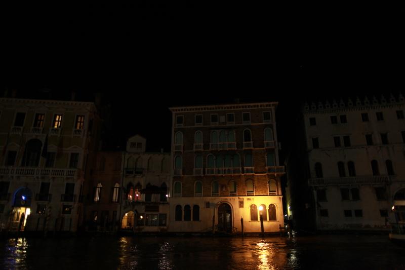 ヴェネチアな夜景_c0187779_7482899.jpg
