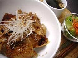 3/1丼ごはん:帯広名物 豚丼_a0116684_19849.jpg