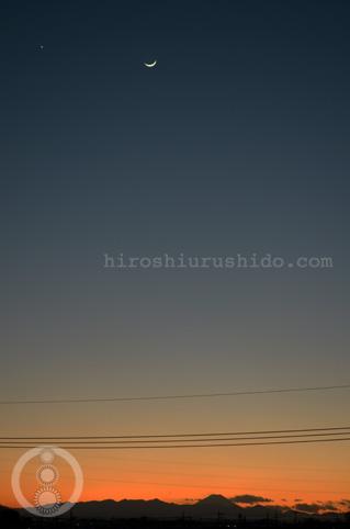 富士と月と星と夕暮れと_c0229485_002824.jpg