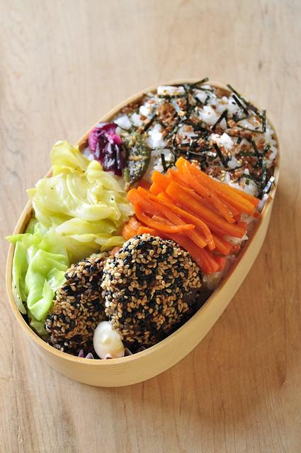 ヘルシーな野菜中心のお弁当_b0171098_865033.jpg