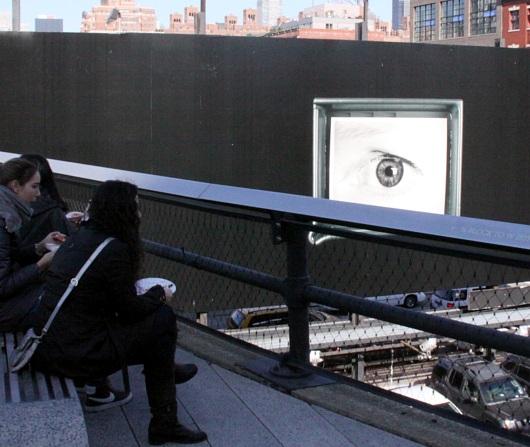 ニューヨークの空中公園ハイラインはアートやアーティストにフレンドリー_b0007805_525257.jpg