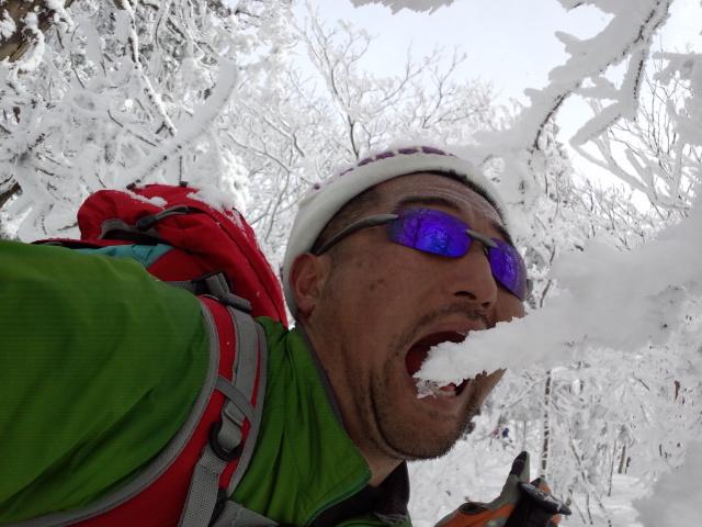 久々の山スキー!!_f0101226_8341159.jpg