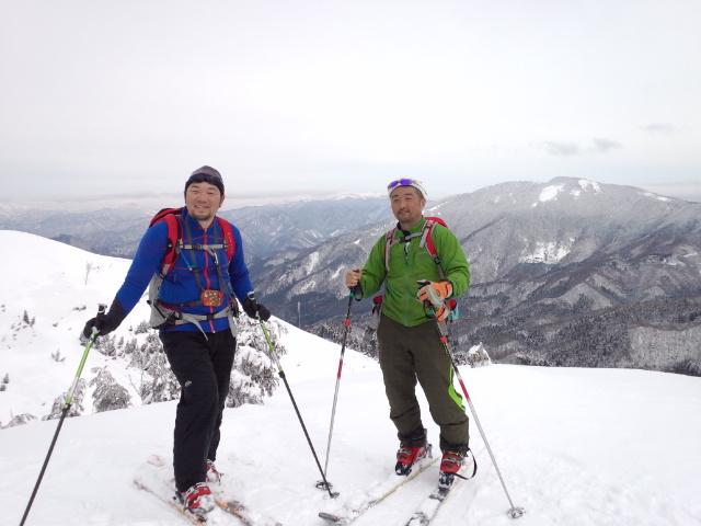 久々の山スキー!!_f0101226_835183.jpg