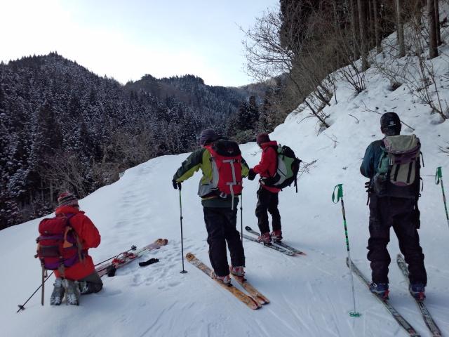 久々の山スキー!!_f0101226_844253.jpg