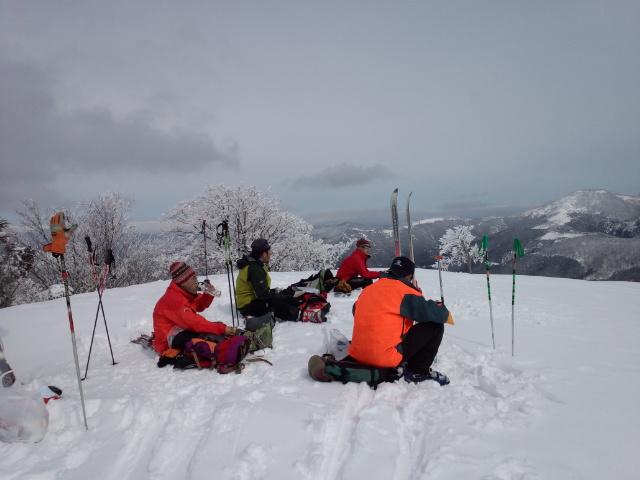 久々の山スキー!!_f0101226_846180.jpg