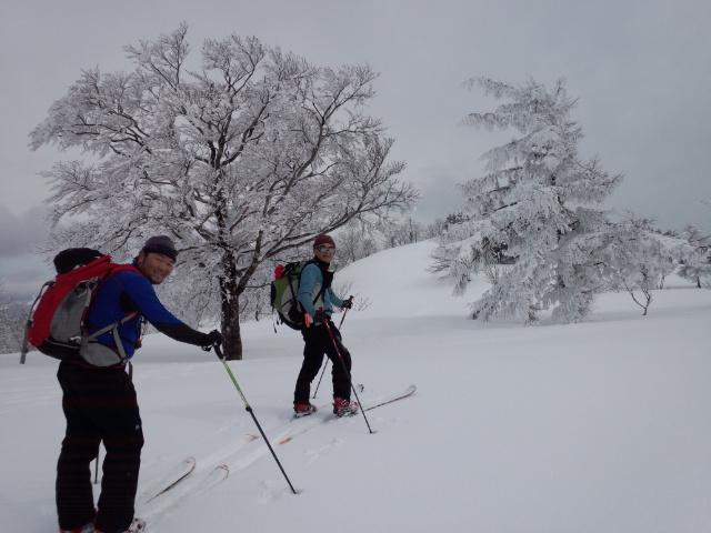 久々の山スキー!!_f0101226_9125183.jpg