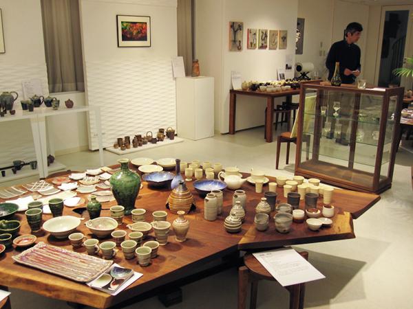 東北炎の作家復興支援展示会II  お茶の器、お酒の器_a0003650_12233559.jpg