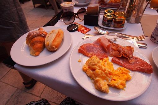 シルバー・スピリット アドリア・地中海クルーズ 10日目-1 朝食を食べて向かった先は...._e0160595_1921926.jpg