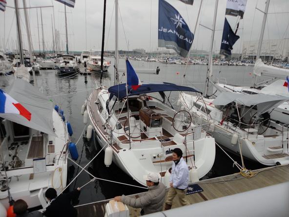 ボートショー フローティング会場のにぎわいは・・・【カジキ・マグロトローリング】_f0009039_925549.jpg