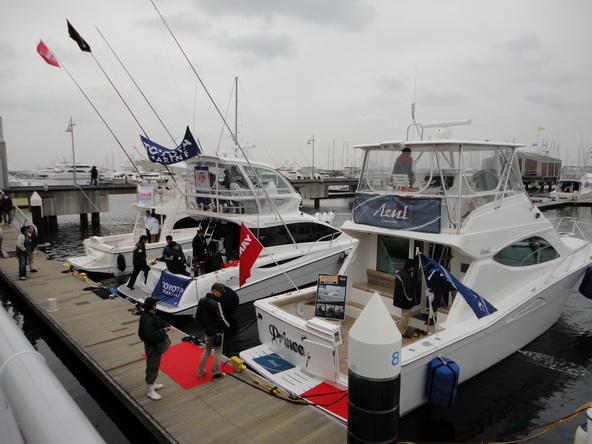 ボートショー フローティング会場のにぎわいは・・・【カジキ・マグロトローリング】_f0009039_9262562.jpg