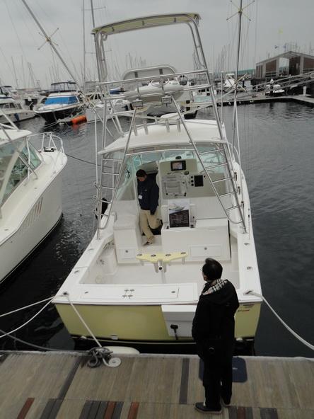 ボートショー フローティング会場のにぎわいは・・・【カジキ・マグロトローリング】_f0009039_927552.jpg