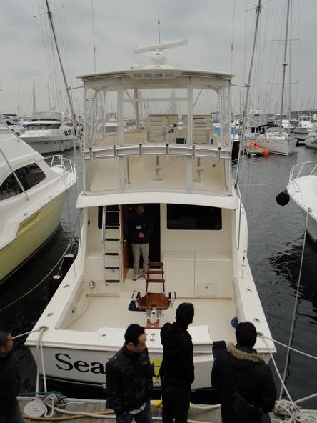 ボートショー フローティング会場のにぎわいは・・・【カジキ・マグロトローリング】_f0009039_9302221.jpg