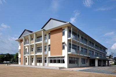 津山市立東小学校 新校舎落成記念式典_f0151251_13315429.jpg