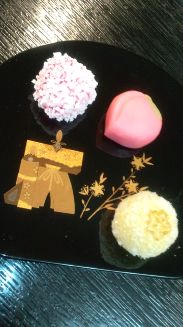 宵節句。。。可憐な雛菓子。。。゚。*・。♡ _a0053662_151525.jpg