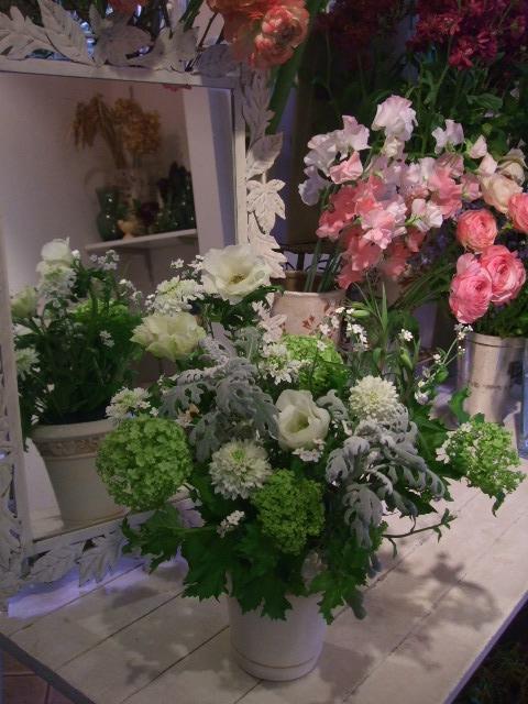 オークリーフ花の教室(加田さんの作品)_f0049672_1542494.jpg